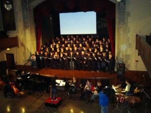 Rackham Choir et ensemble dirigés par Suzanne Mallare Acton Photo: Julie McFarland